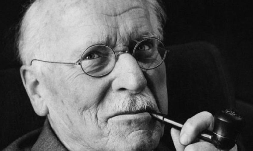Carl Jung y la sombra: El potencial oculto de nuestro lado oscuro
