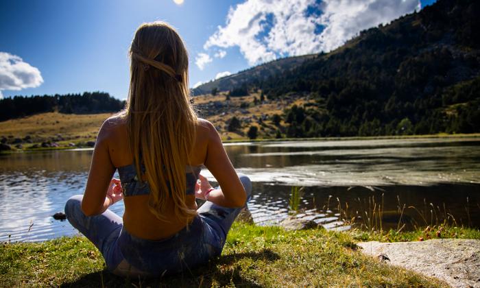 meditar para superar la adicción