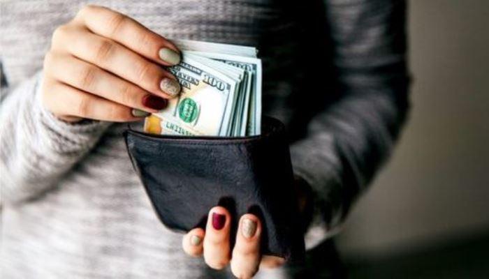 3 creencias limitantes que te harán ver al dinero como algo malo: Elimínalas