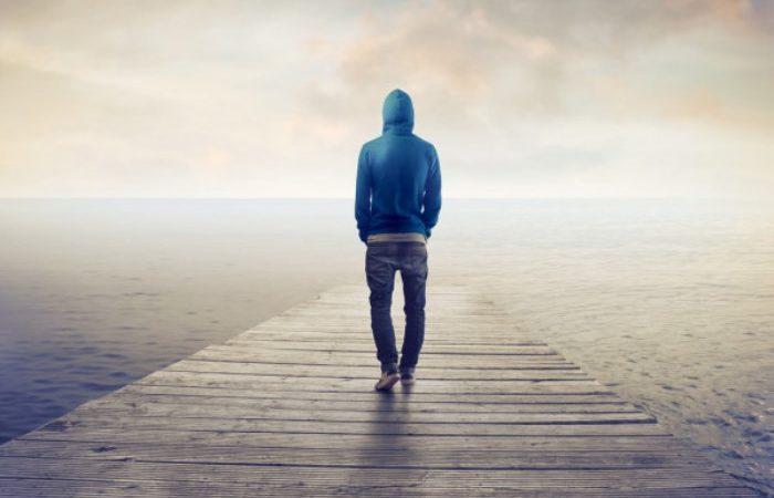 Cuidado: La soledad es algo que va mucho más allá de estar solo