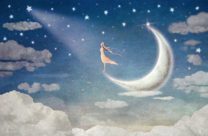 mujer en la luna