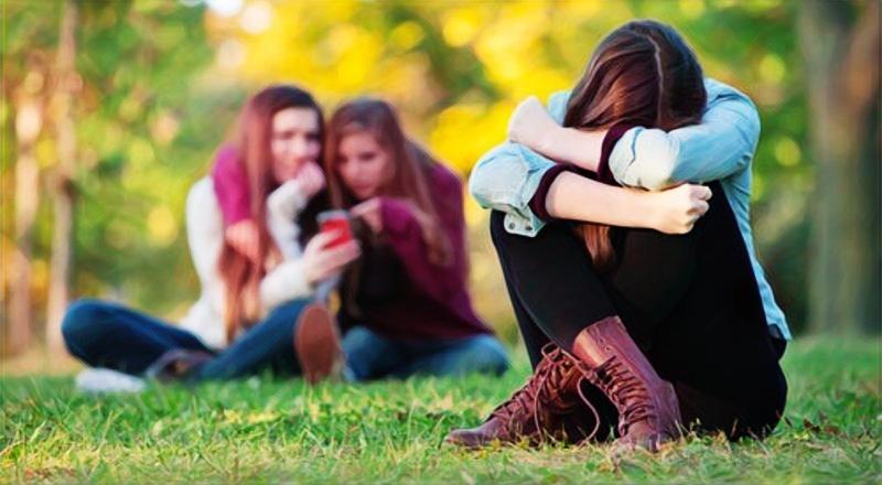 Una mujer sufriendo ansiedad social