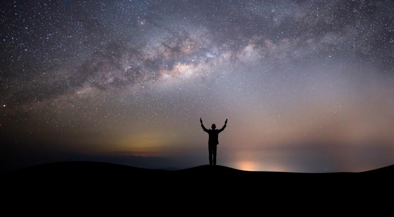 6 señales que te envía el Universo para que dejes de hacer algo
